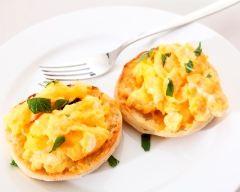 Recette muffins anglais aux œufs brouillés