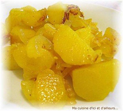 Recette de pommes de terre aux oignons et au curcuma