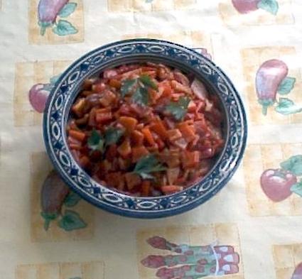 Recette de salade de poivrons grillés, ail et jus de citron