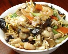 Recette poulet sauté aux légumes et champignons au wok