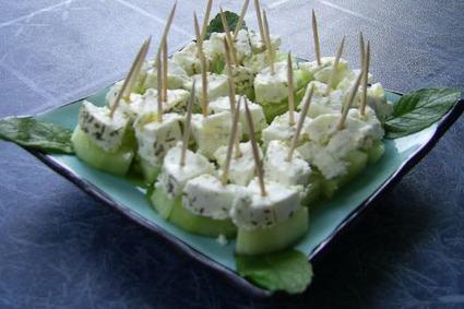 Recette de bouchées fraîches chèvre-concombre