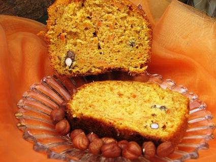 Recette de gâteau aux carottes et aux noisettes