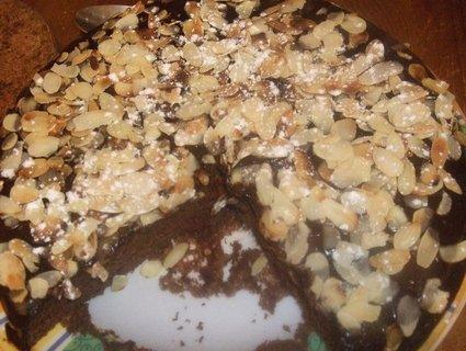 Recette de gâteau au chocolat, glaçage chocolat amande effilée