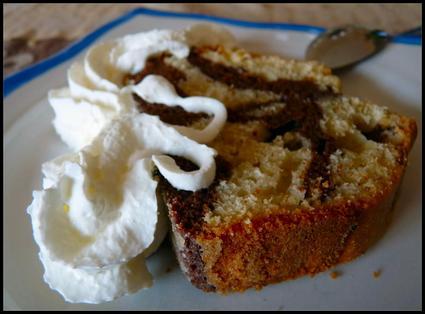 Recette de cake marbré chocolat-citron-noix