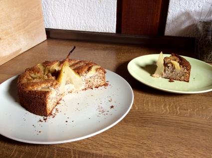 Recette de gâteau noisette, poire, ricotta