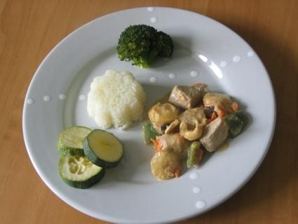 Recette de curry de poulet au lait de coco, carottes et bananes