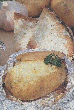 Recette de pommes de terre farcies au jambon, comté et beaufort ...