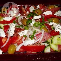 Recette salade grecque au poivron mariné – toutes les recettes ...