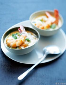 Soupe de crevettes au curry pour 4 personnes