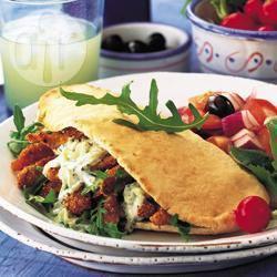 Recette pains pitas au poulet et au tzatziki – toutes les recettes ...