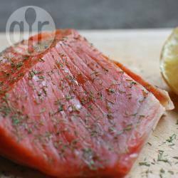Recette saumon mariné à l'aneth (gravlax) – toutes les recettes ...