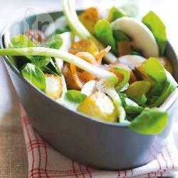 Recette salade de mâche et champignons – toutes les recettes ...