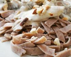 Recette tagliatelles à la farine de châtaigne, sauce aux pleurottes et ...