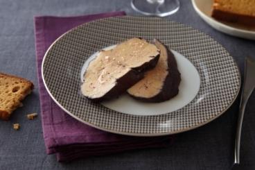 Recette de foie gras poché au vin facile et rapide