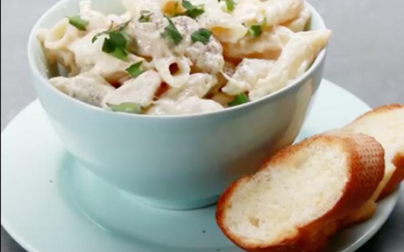 Recette one-pot pasta: poulet & crème pas chère et simple ...