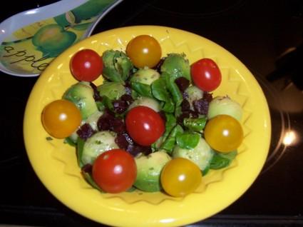Recette de salade de mâche aux billes de légumes