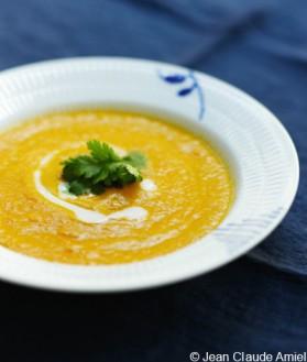 Soupe de carottes, lait de coco et gingembre pour 4 personnes ...