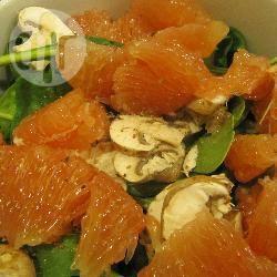 Recette salade aux pousses d'épinards et au pamplemousse rosé ...