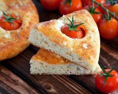Recette focaccia aux tomates cerises et romarin
