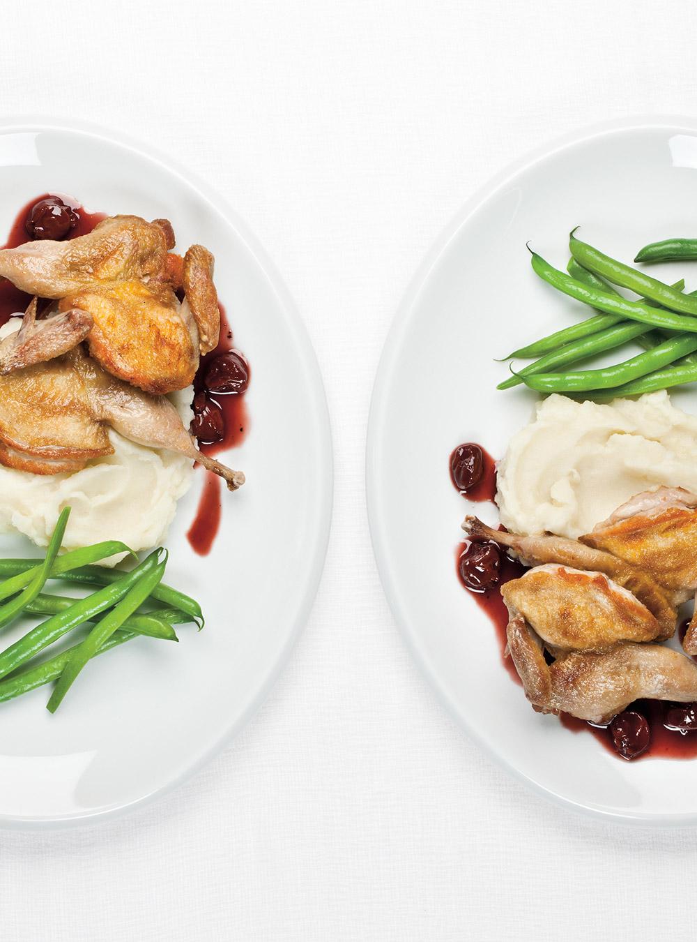 Cailles rôties, sauce aux cerises et au vin rouge | ricardo