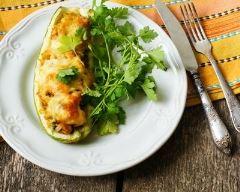 Recette courgette farcie au camembert et petits légumes