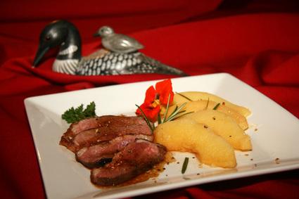 Recette de magret de canard aux coings à la vapeur de romarin