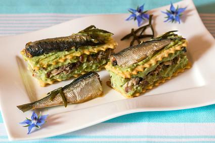 Recette de mille-feuille de sardines au guacamole
