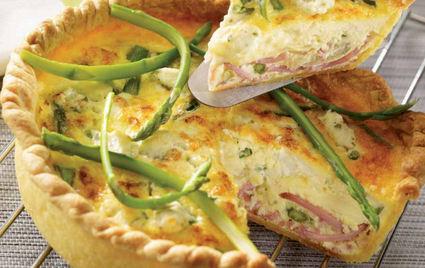 Recette de quiche au jambon, asperges et fromage frais