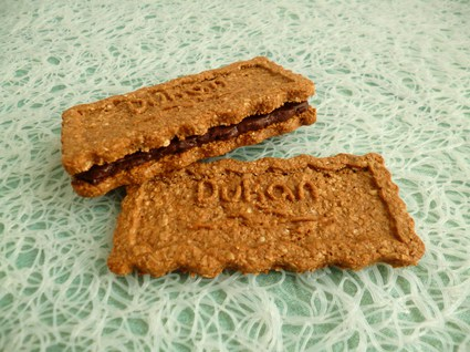 Recette de biscuits son d'avoine noisette fourrés chocolat praliné ...