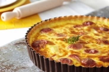 Recette de tarte à la saucisse de francfort et aux pommes de terre ...