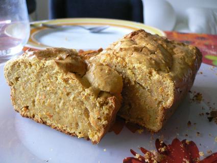 Recette de cake carottes-noisettes