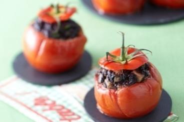 Recette de tomate farcie, pomme & boudin facile et rapide