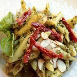 Recette pâtes au pesto d'herbes fraîches – toutes les recettes ...