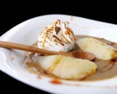 Recette iles flottantes à la crème de marron et poires pochées
