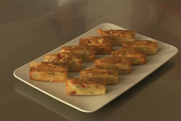 Recette de petits cakes aux légumes confits et tomme de savoie ...