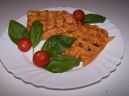 Recette de gaufres au jambon fumé, tomates séchées et mozzarella ...