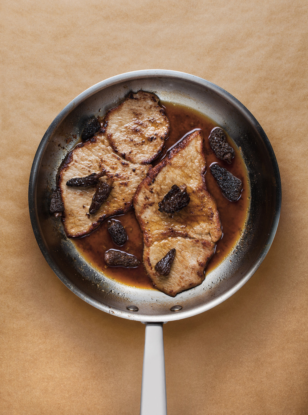 Escalopes de veau, sauce à l'érable et aux morilles | ricardo