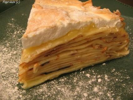 Recette de gâteau de crêpes au citron meringué