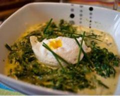 Recette œufs pochés aux épinards et à la crème de comté