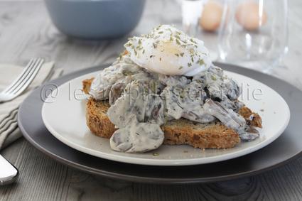 Recette de toast aux champignons boursin et oeuf poché