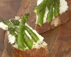 Recette tartines d'asperges vertes