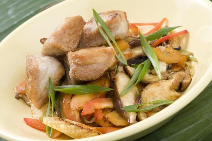 Recette de subuta, wok de porc à l'asiatique, épis de maïs et ...