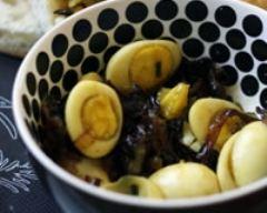 Recette œufs de caille au curry, oignons et champignons ...