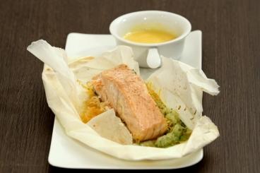 Recette de papillote de saumon, beurre blanc à l'orange facile et ...