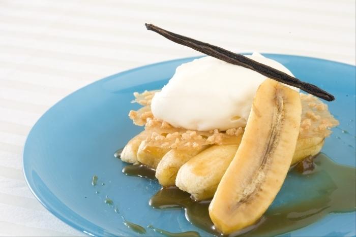Recette de bananes confites à la sauce caramel, sabayon ...