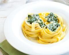 Recette tagliatelles sauce aux épinards et fromage de chèvre