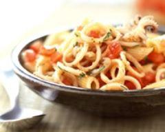Recette pâtes aux calamars et aux tomates