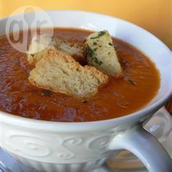 Recette soupe froide à la tomate et au romarin – toutes les recettes ...