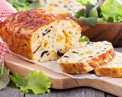 Recette cake aux olives au fromage du cantal