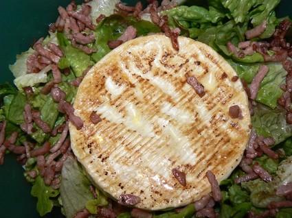 Recette de salade de camenbert chaud aux gésiers